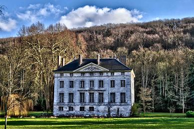 vallee_hiver_batiment_chateau.jpg